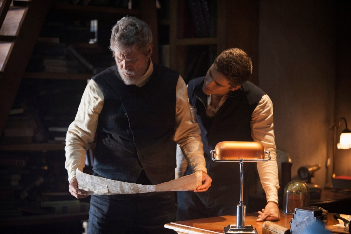 watch-the-new-trailer-for-the-giver